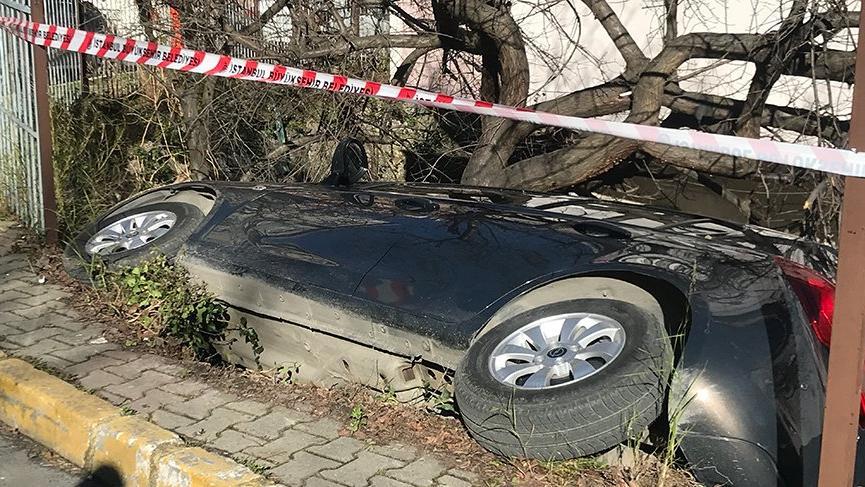 Eyüpsultan'da ilginç kaza, görenler döndü bir daha baktı