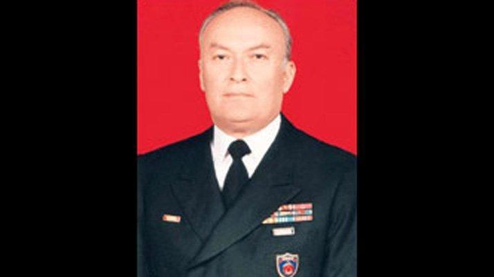 Eski Deniz Kuvvetleri Komutanı Vural Bayazıt hayatını kaybetti