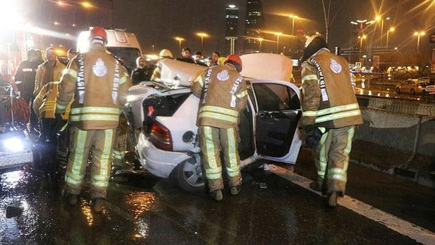 D100 Karayolu'nda zincirleme kaza: 1 ölü, 3 yaralı