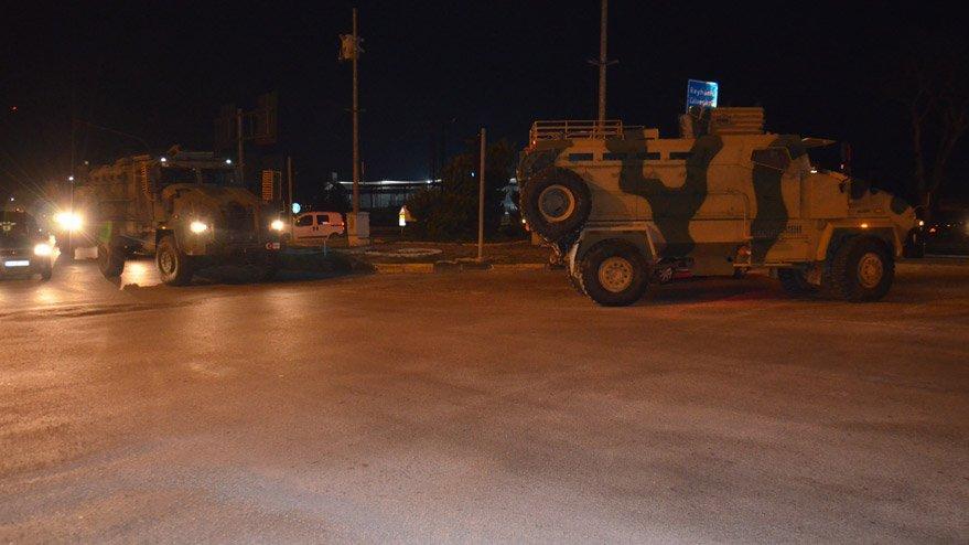 Reyhanlı ve İdlib'e komando ve askeri araç takviyesi!