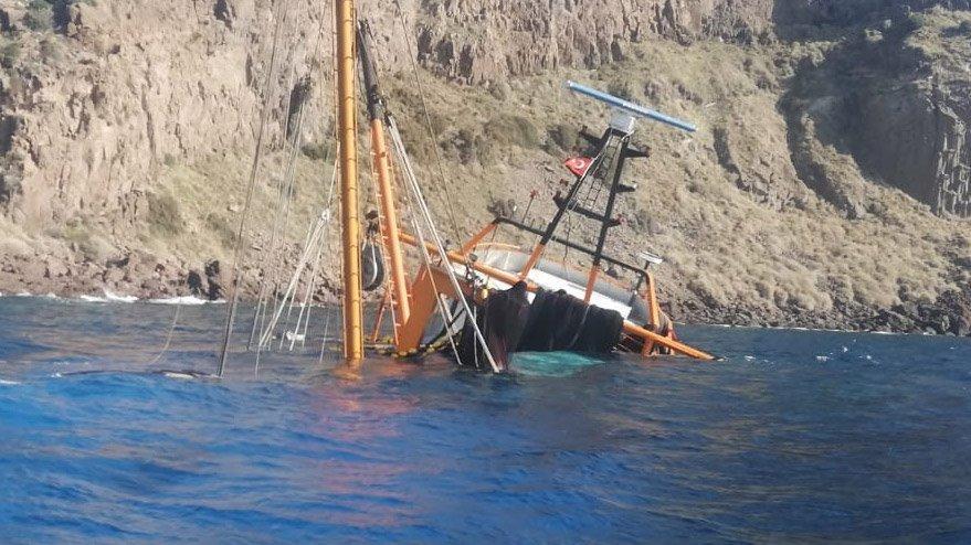 Çanakkale açıklarında tekne battı