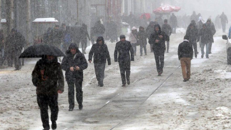 İstanbul'da kar yağacak mı? Saat saat hava durumu tahmini…