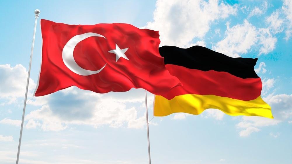 Almanya beyaz yakalı programını başlatıyor