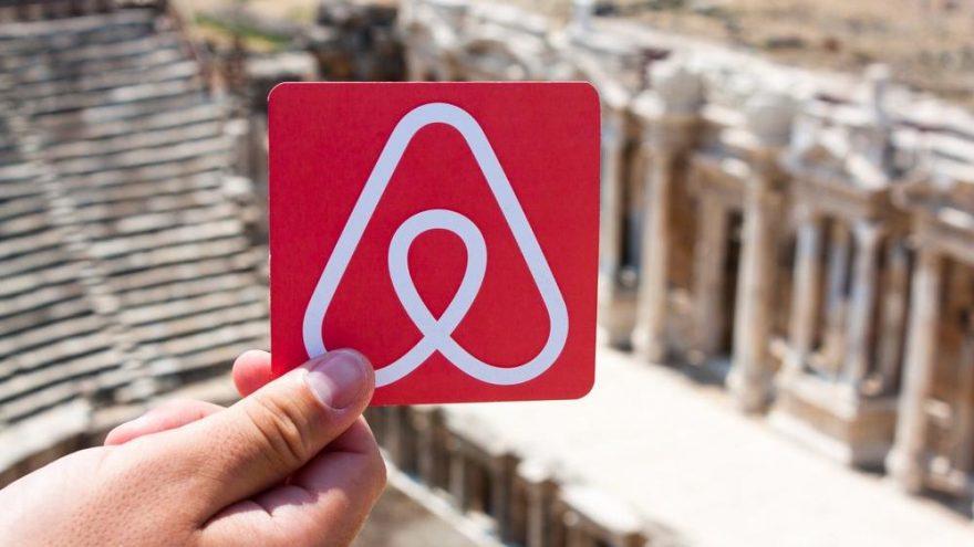 Airbnb Kanada'da 25 yaş altına ev kiralamayı durdurdu