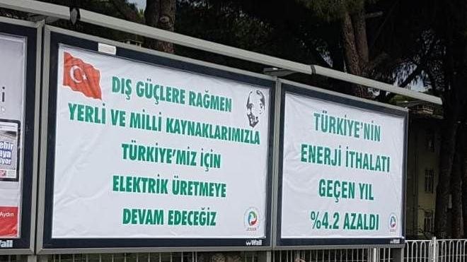 Aydın'da çevrecileri öfkelendiren afişler
