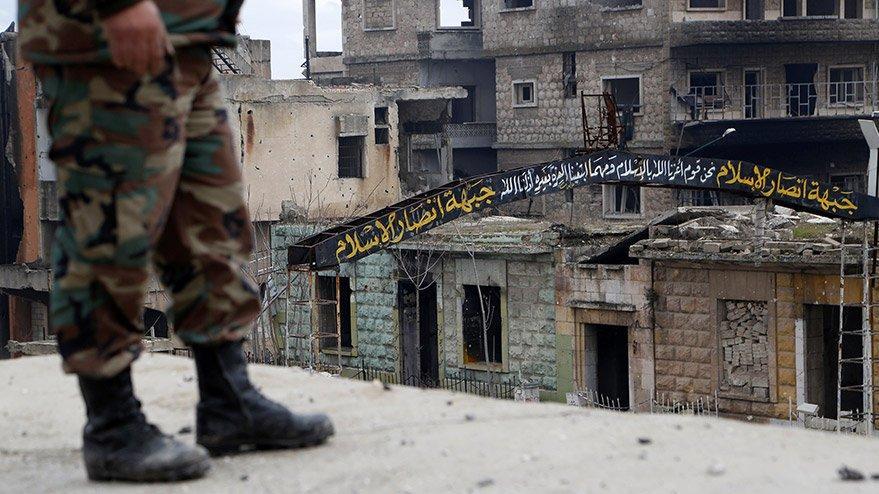 Reuters duyurdu: Rejim güçleri, İdlib'deki kritik noktaya girdi