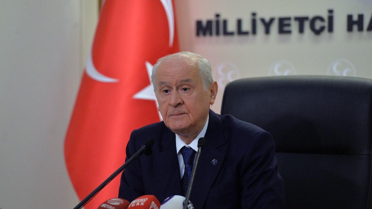 MHP lideri Bahçeli'den Mustafa Akıncı'ya sert tepki
