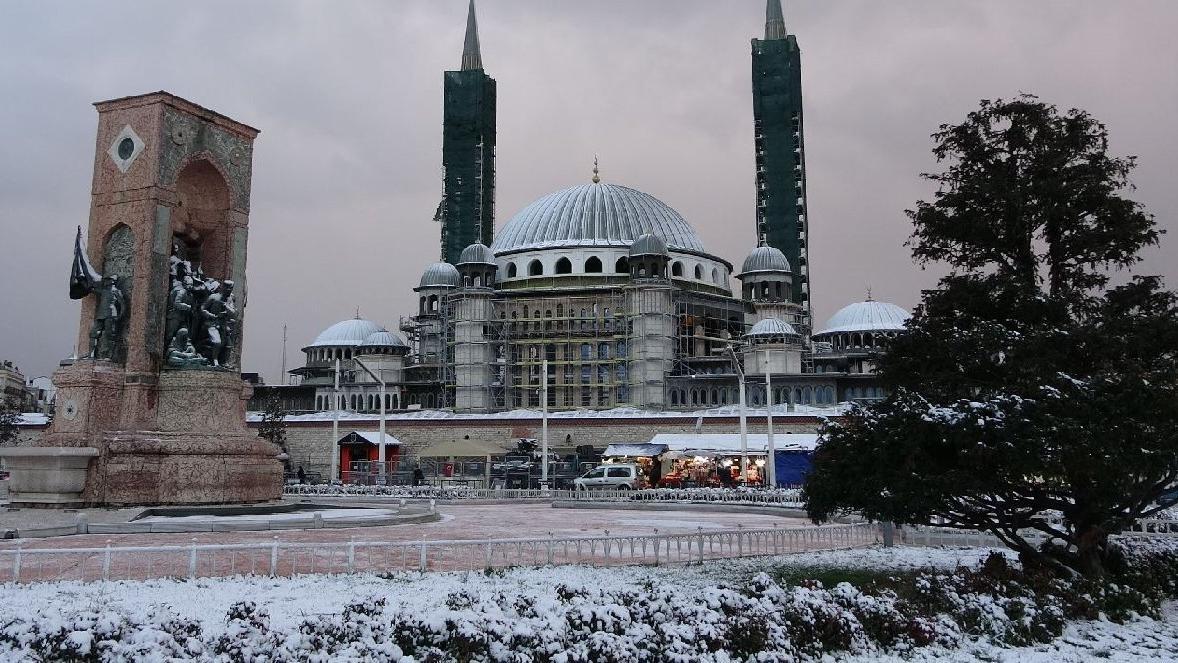 Son dakika: İstanbul'da kar ne zaman bitecek? Soğuklar bitmiyor!