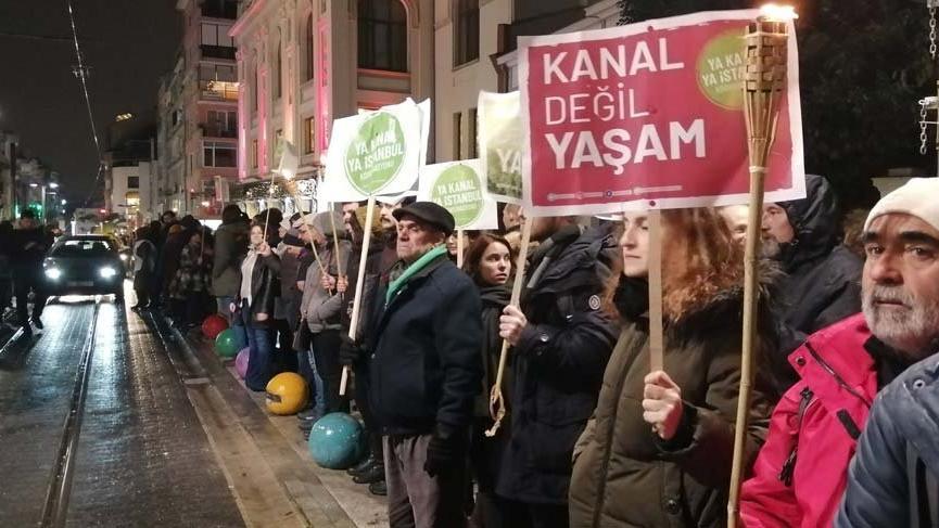 Kanal İstanbul'a karşı insan zinciri!