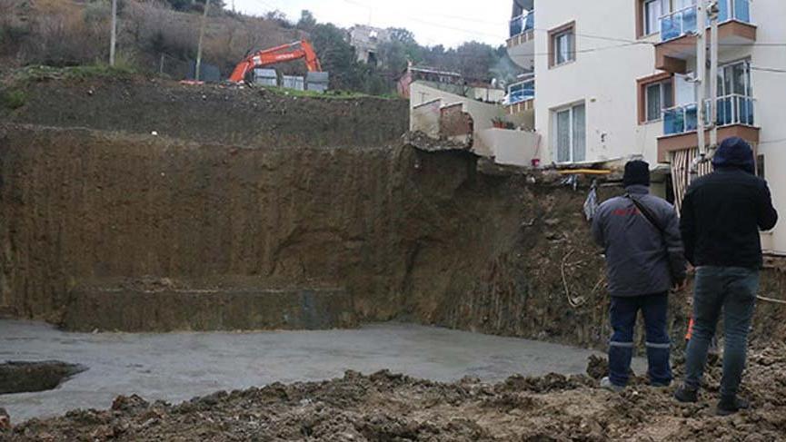 Manisa'da temeli kayan binalar için güçlendirme çalışması!