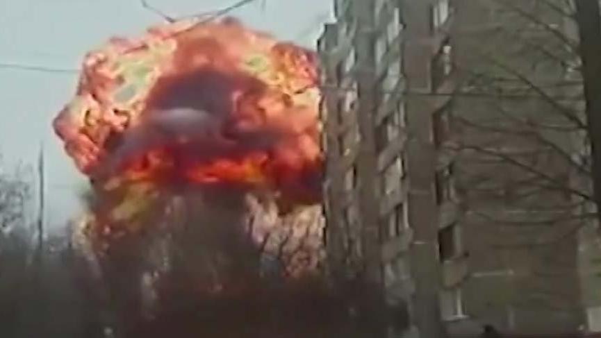 Rusya'da trafo bomba gibi patladı! 24 bin kişi etkilendi