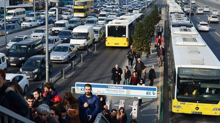 İstanbul'da toplu ulaşım zamlandı! İstanbulkart'ta tam ve öğrenci kaç lira oldu?