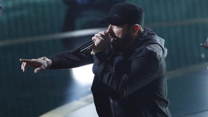 Eminem, 17 yıl sonra neden Oscar'da sahneye çıktığını açıkladı