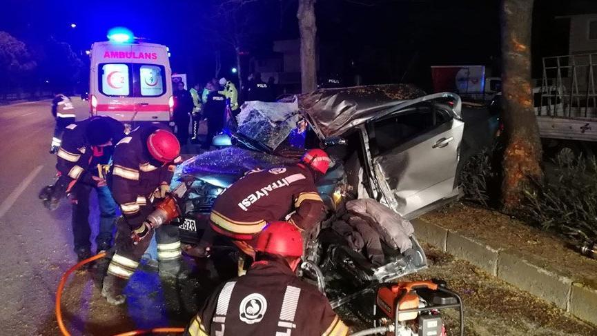 Kazada hamile kadın öldü, karnındaki bebekler kurtarıldı