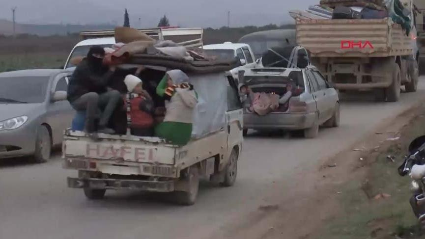 Suriyelilerin İdlib'den göçü görüntülendi!