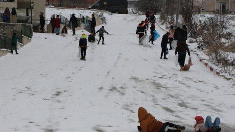 Kayseri'de okullar tatil mi? 12 Şubat için Kayseri Valiliği'nden kar tatili açıklaması geldi mi?