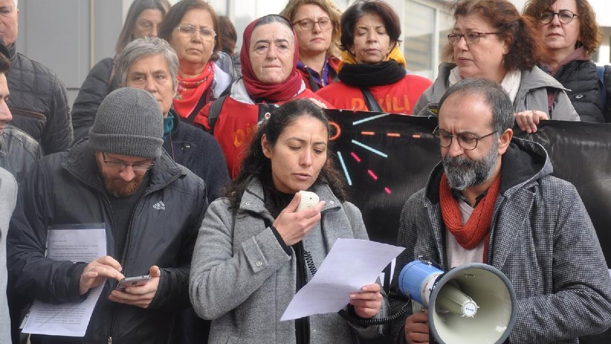 Dikili ve Bergama demokrasi güçleri, Hakan Koştu'yu protesto etti