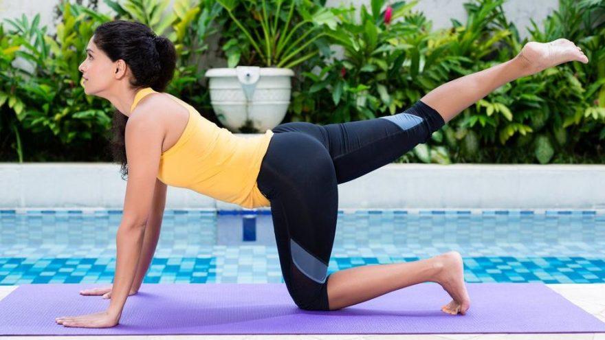 Sıkı kalça için yapılabilecek egzersizler nelerdir? Kalça biçimlendirme hareketleri…