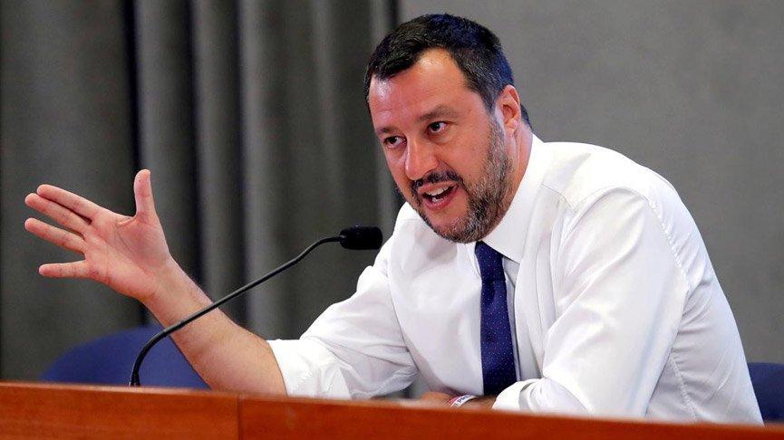 Salvini 15 yıla kadar hapisle yargılanacak!
