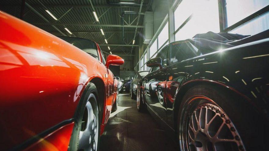 Açık artırmada satılan en pahalı otomobiller!