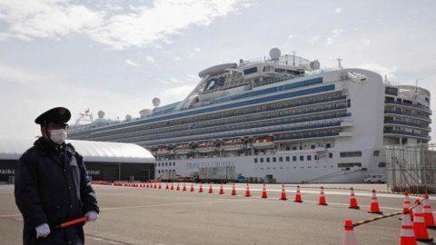 Yolcularında Corona virüsü tespit edilen gemi Kamboçya'da!