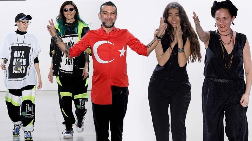 Simay Bülbül, Hakan Akkaya, Deniz Berdan ve Aslı Filinta New York Moda Haftası'na damga vurdu