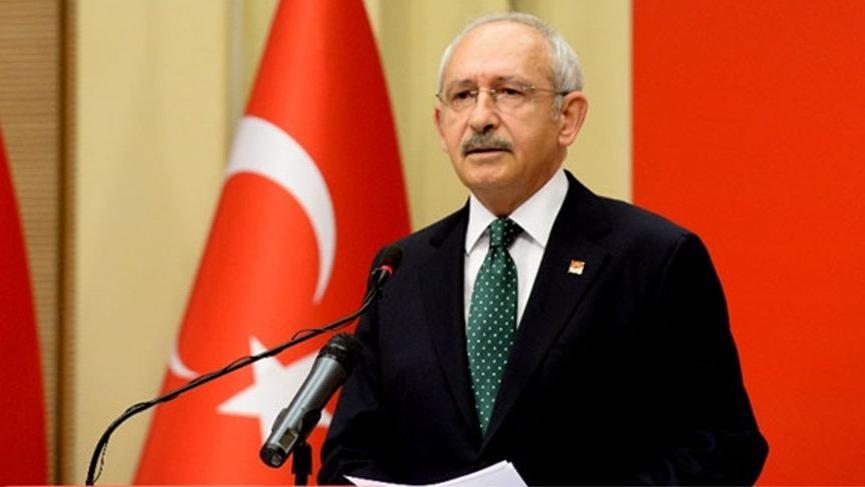 Kılıçdaroğlu, İdlib şehitlerinin aileleri ile görüştü