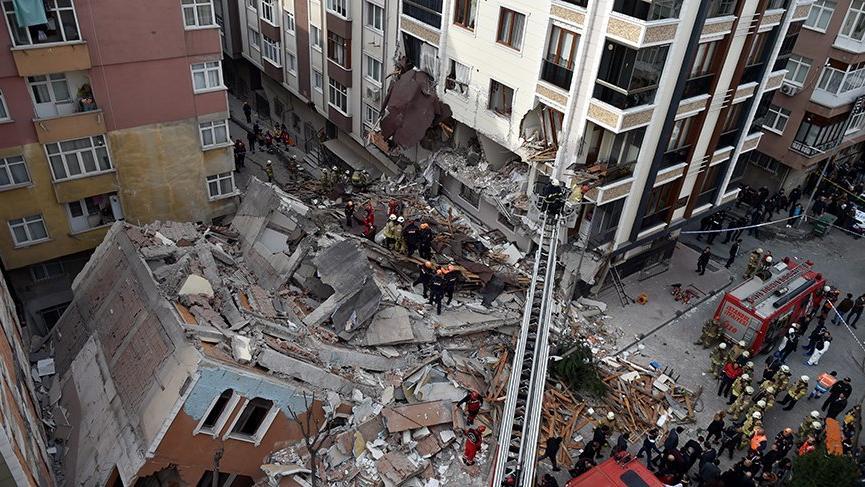 Çöken bina ile ilgili belediye başkanından şoke eden iddia!