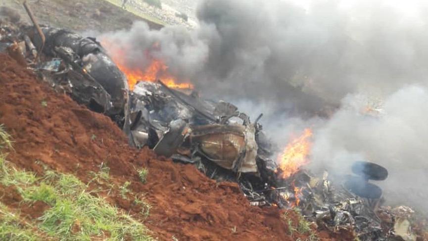 Suriye'de helikopter düşürüldü