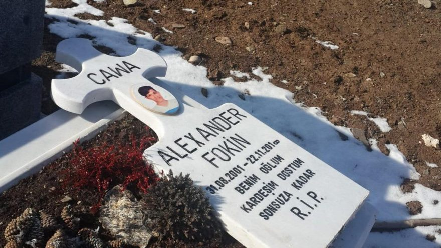 Mezarlıktaki utanç verici olay isyan ettirdi