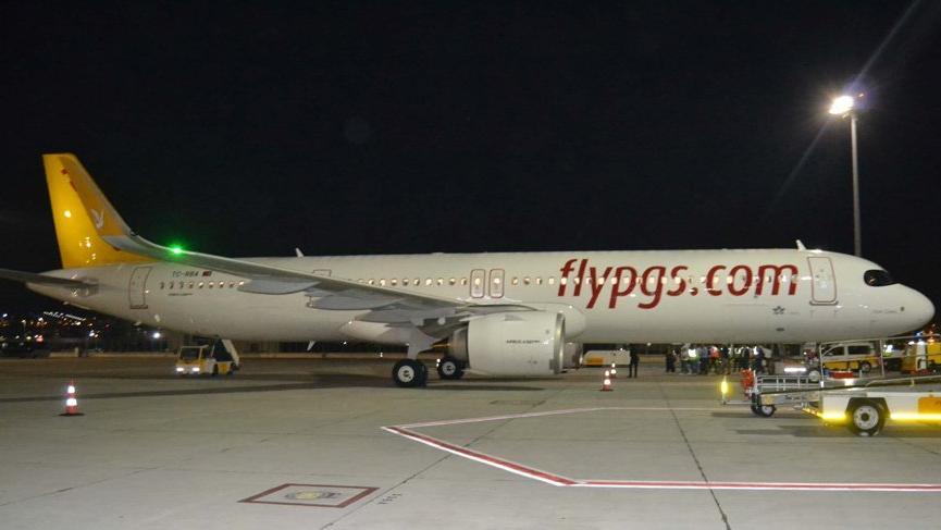 Pegasus'un Düsseldorf uçağında yangın paniği!