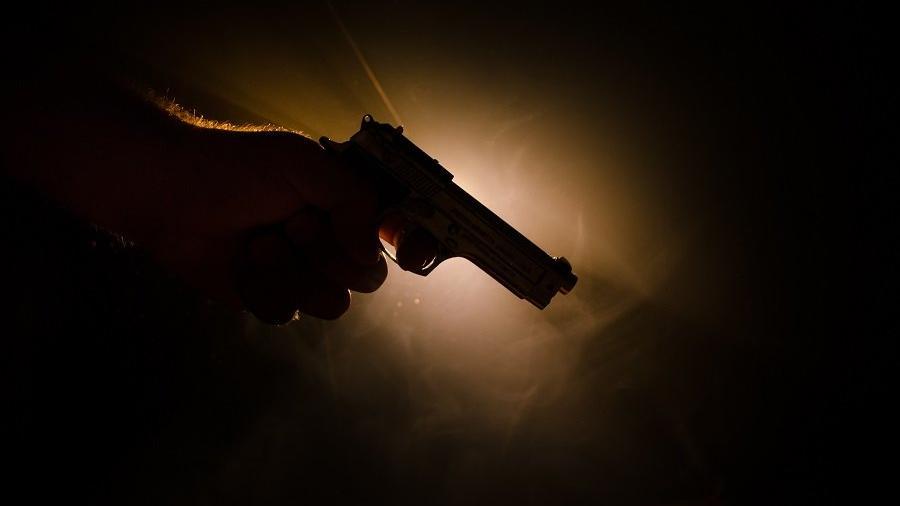 Dayakçı damat kahvehane basıp kayınpederini vurdu