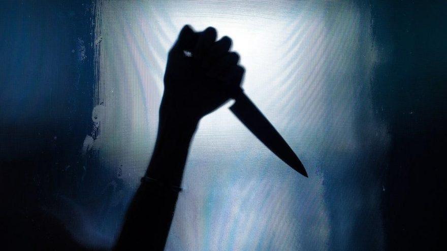 Tartıştığı eşini ekmek bıçağıyla katletti