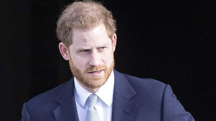 Prens Harry'nin eski sevgilisi, Love Island programının sunucusu Caroline Flack intihar etti
