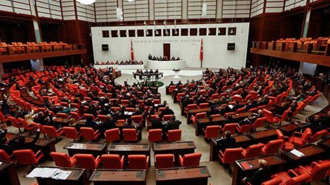 AKP ve CHP'li vekiller arasında 'Gezi' tartışması