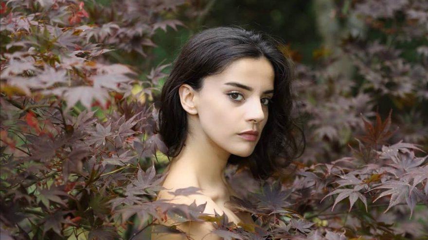 Genç şarkıcı Tınay, kendisini taciz eden kişiyi ifşa etti