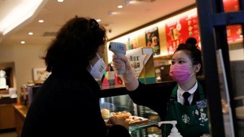 Çin'de corona virüsü korkusu büyüyor: Tek tek evlere girip...