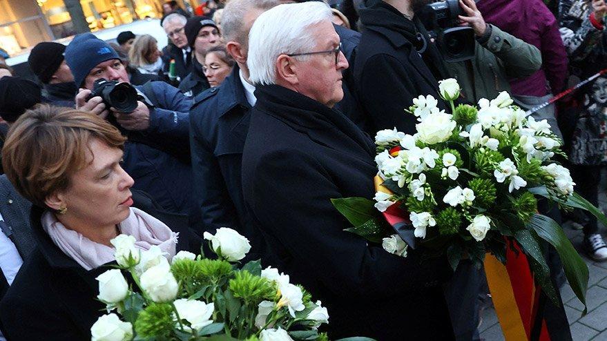 Almanya Cumhurbaşkanı Steinmeier saldırının gerçekleştiği yerde!