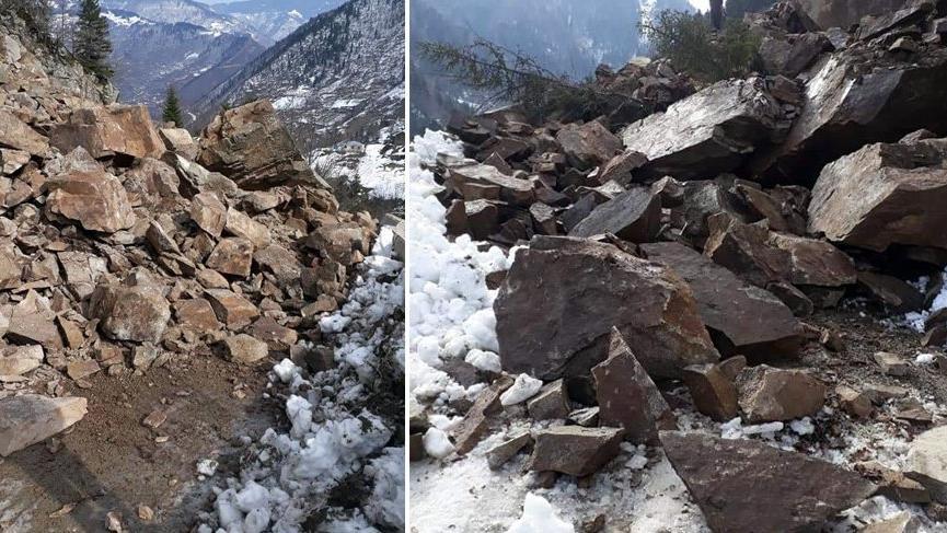 Kürtün'de heyelan! Dev kayalar tabiat parkına zarar verdi