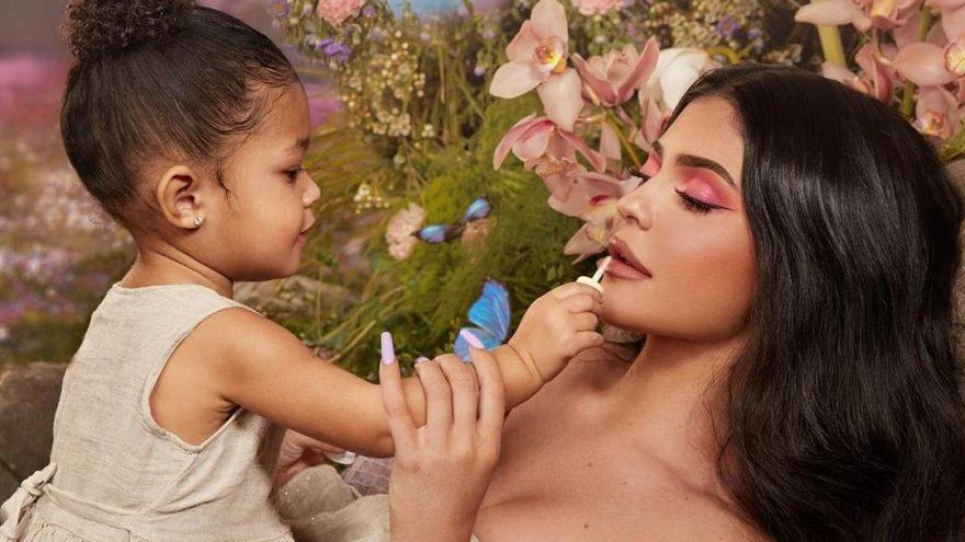 Kylie Jenner kızı Stormi'nin adını markalaştırmak isterken reddedildi