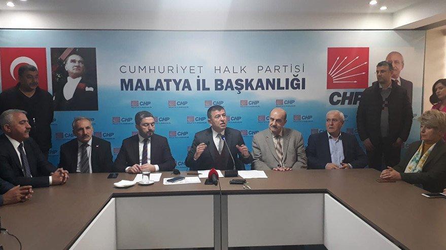 CHP'li Ağbaba: Dün FETÖ'nün kurduğu kumpasları bugün AKP yapıyor