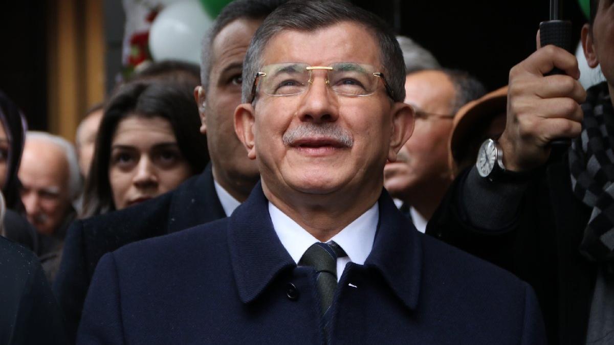 Davutoğlu'ndan 'Patriot talebi' tepkisi