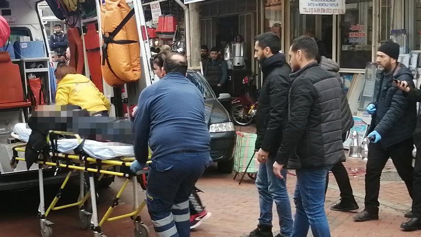 Sokak ortasında silahlı saldırı! Küfürlü mesaj iddiası