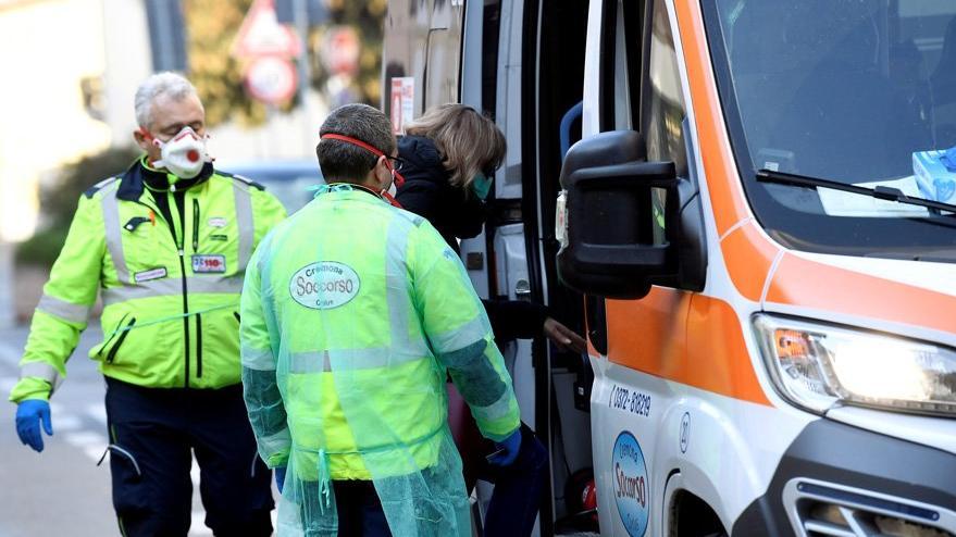 Corona virüsü paniği Avrupa'ya sıçradı: Evinizden çıkmayın