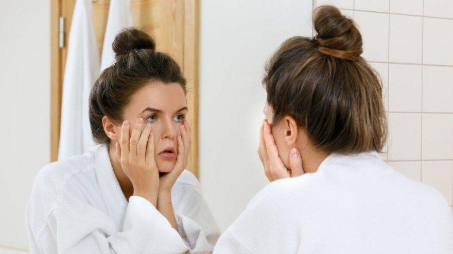 Cilde iyi gelmeyen besinler nelerdir? İşte cilde zarar veren yiyecekler…