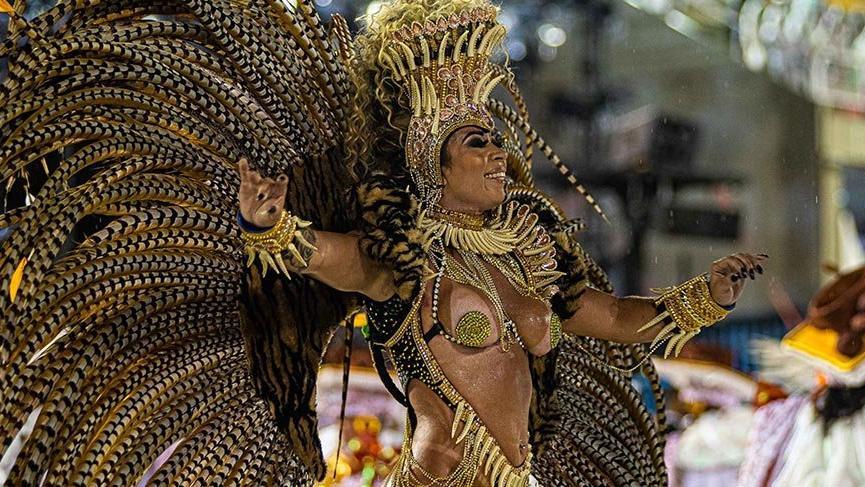 Rio Karnavalı tüm coşkusuyla başladı
