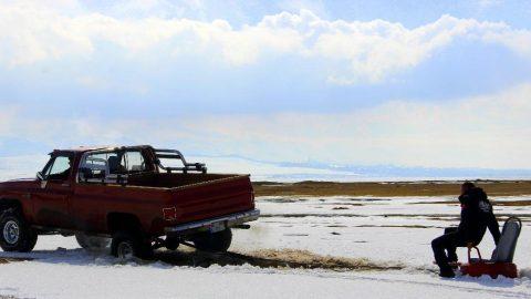Soğuk kış günlerinin vazgeçilmez eğlencesi: 'Lastik Raftingi'