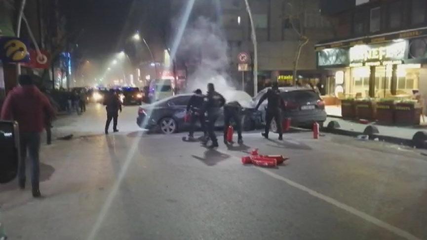 Sultangazi'de bir sürücü ortalığı savaş alanına çevirdi