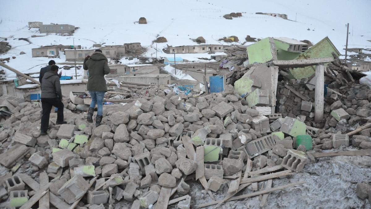 Depremin vurduğu Van'dan bir acı haber daha