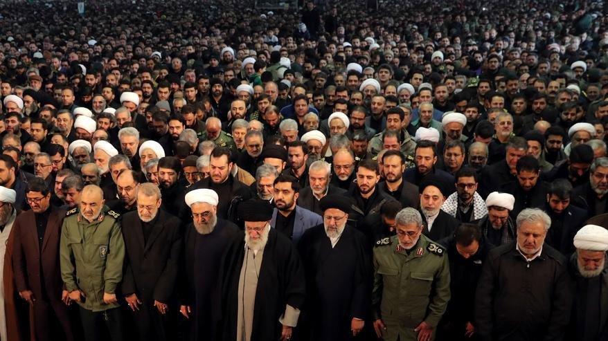 İran'da Cuma namazı iptal edildi!